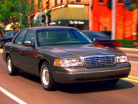 Ver foto 18 de Ford Crown Victoria 1988