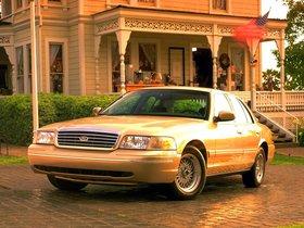 Ver foto 14 de Ford Crown Victoria 1988