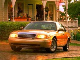 Ver foto 11 de Ford Crown Victoria 1988