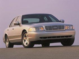 Ver foto 9 de Ford Crown Victoria 1988
