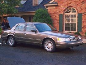 Ver foto 3 de Ford Crown Victoria 1988
