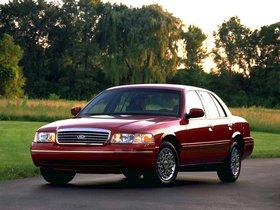 Ver foto 2 de Ford Crown Victoria 1988