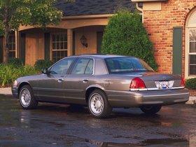 Ver foto 32 de Ford Crown Victoria 1988