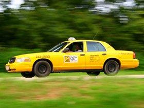 Ver foto 2 de Ford Crown Victoria Taxi 1998