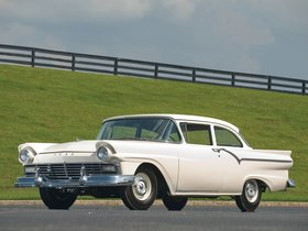 Fotos de Ford Custom Tudor Sedan 312 Thunderbird Special 1957