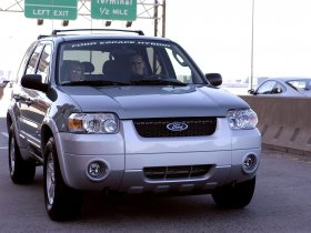 Ver foto 9 de Ford Escape Hybrid 2005