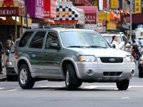 Ver foto 16 de Ford Escape Hybrid 2005