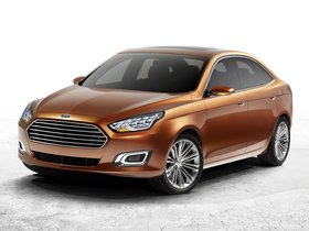 Fotos de Ford Escort Concept 2013