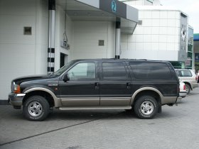 Ver foto 5 de Ford Excursion 2000