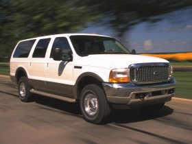 Ver foto 4 de Ford Excursion 2000