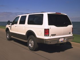 Ver foto 3 de Ford Excursion 2000