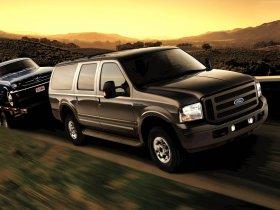 Ver foto 3 de Ford Excursion 2005