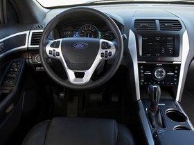Ver foto 38 de Ford Explorer 2010
