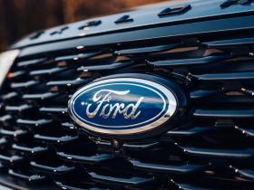 Ver foto 13 de Ford Explorer Plug-in Hybrid ST-Line 2020