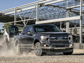 Ver foto 5 de Ford F-150 XLT Supercrew Chrome Appearance Package 2017
