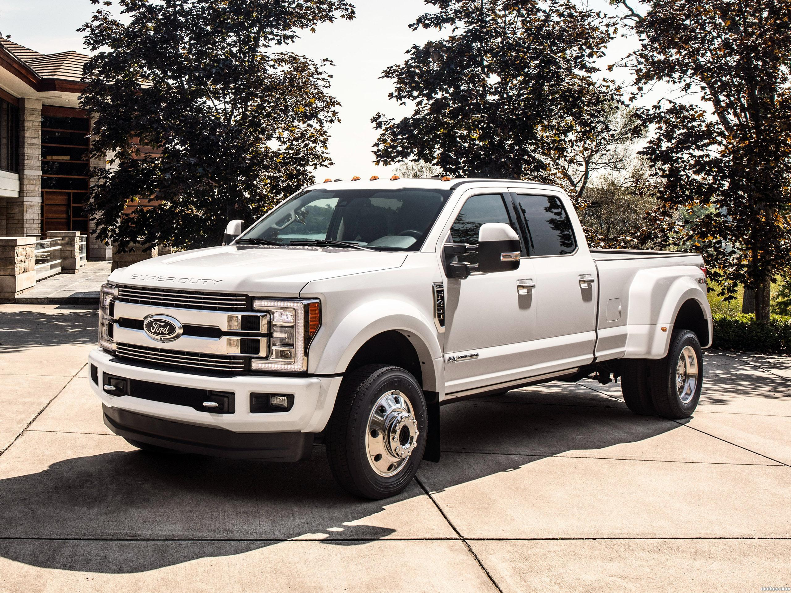 Foto 9 de Ford F-450 Limited Super Duty  2017