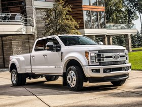 Ver foto 1 de Ford F-450 Limited Super Duty  2017