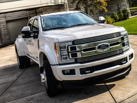 Ver foto 6 de Ford F-450 Limited Super Duty  2017