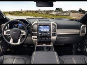 Ver foto 13 de Ford F-450 Super Duty Platinum Crew Cab 2016