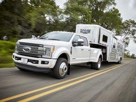 Ver foto 10 de Ford F-450 Super Duty Platinum Crew Cab 2016