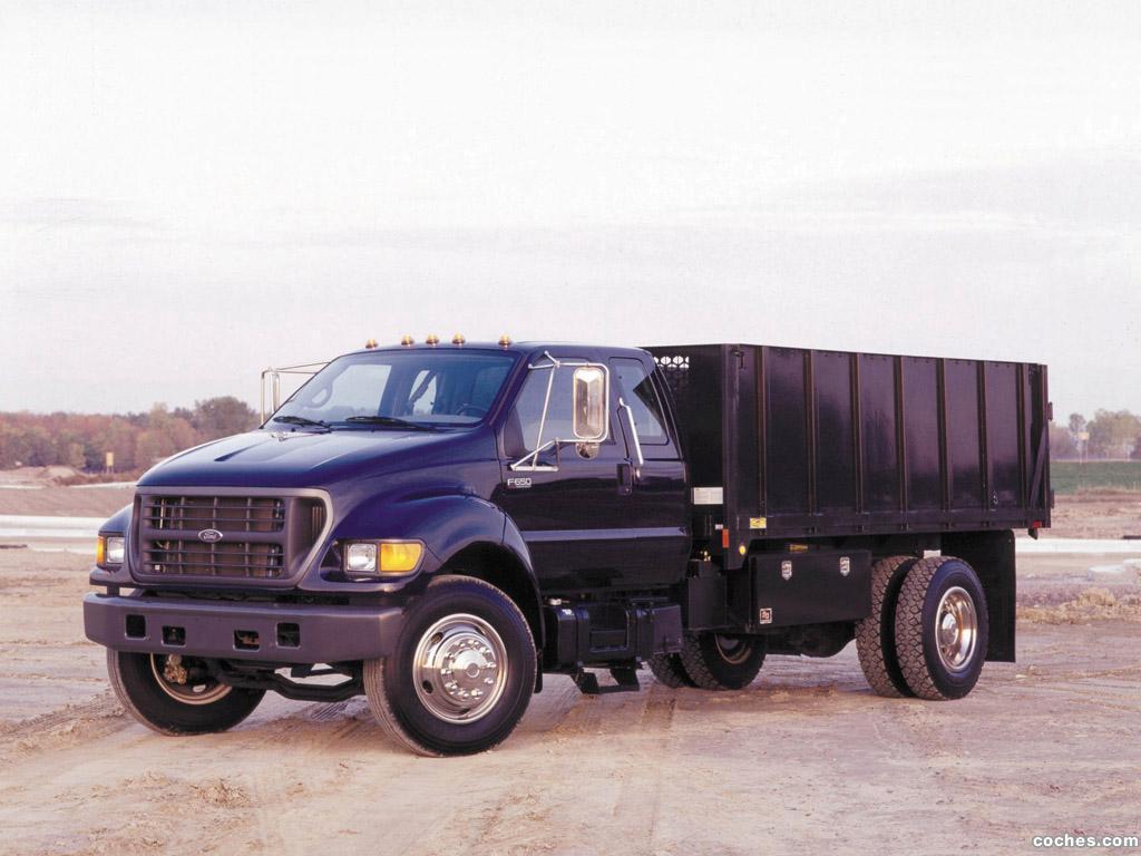 Foto 0 de Ford F-650 2004
