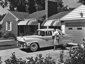 Fotos de Ford Fairlane Town Sedán 1955