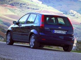 Ver foto 8 de Ford Fiesta 2002