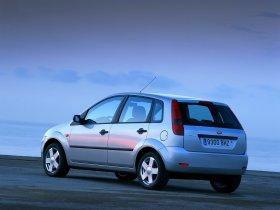 Ver foto 4 de Ford Fiesta 2002