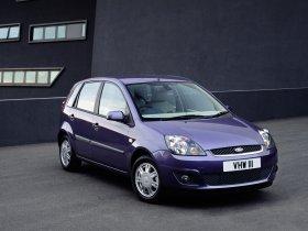 Ver foto 2 de Ford Fiesta 2005