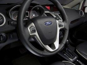 Ver foto 11 de Ford Fiesta Hatchback USA 2010