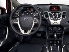 Ver foto 9 de Ford Fiesta Hatchback USA 2010