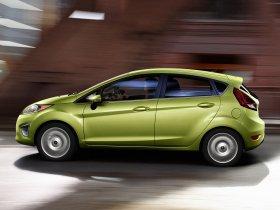 Ver foto 7 de Ford Fiesta Hatchback USA 2010
