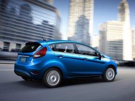 Ver foto 5 de Ford Fiesta Hatchback USA 2010