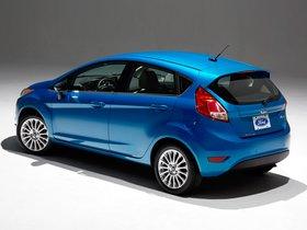Ver foto 9 de Ford Fiesta Hatchback USA 2012
