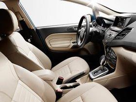 Ver foto 17 de Ford Fiesta Hatchback USA 2012