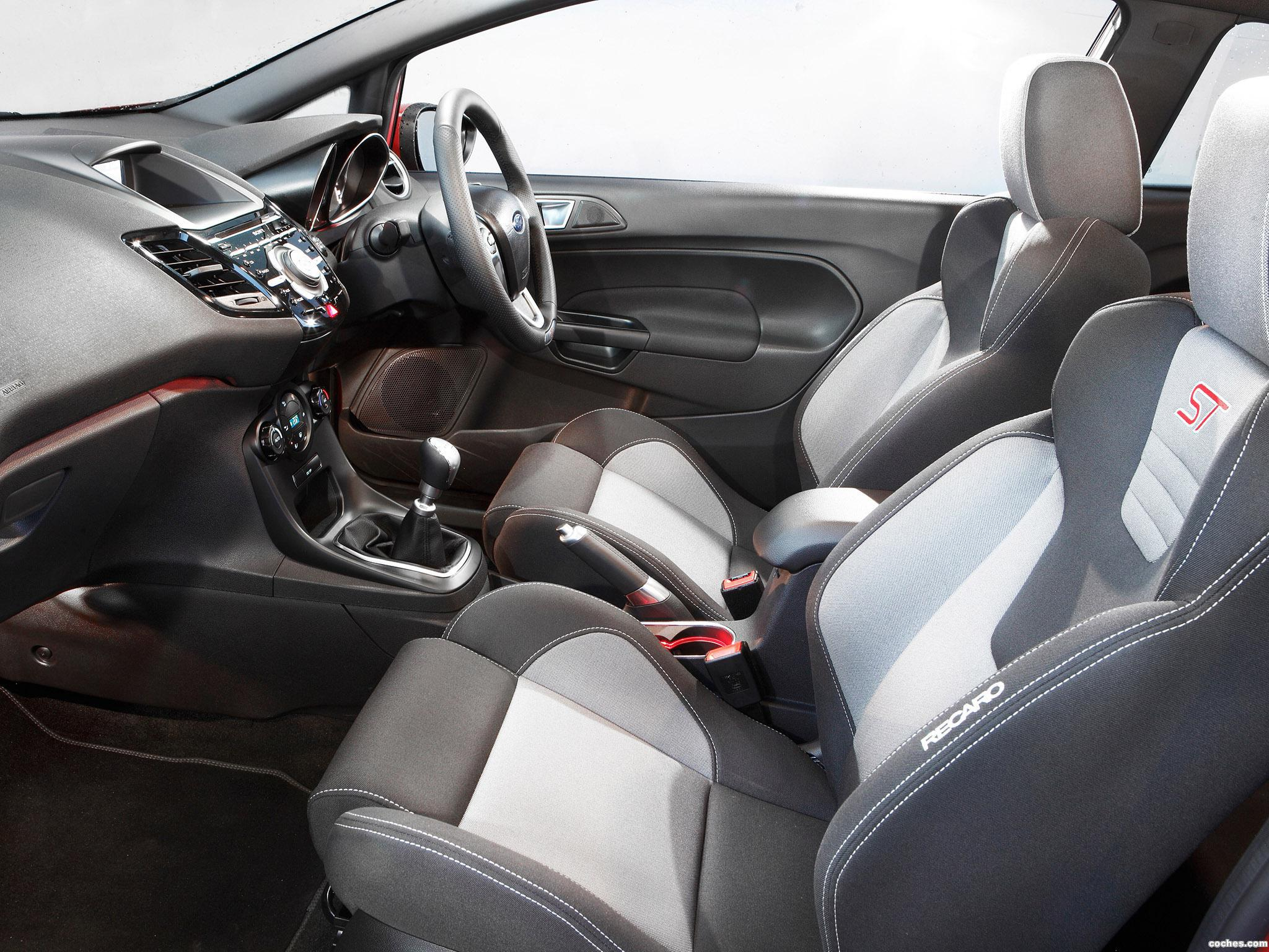 Foto 17 de Ford Fiesta ST 3 puertas Australia 2013
