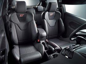 Ver foto 5 de Ford Fiesta ST200 2016