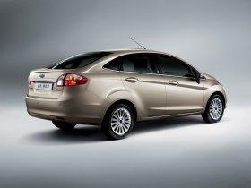 Ver foto 3 de Ford Fiesta Sedan 2009