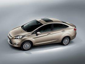 Ver foto 2 de Ford Fiesta Sedan 2009
