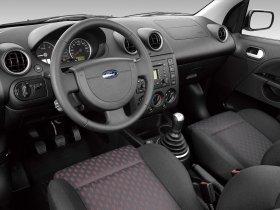 Ver foto 8 de Ford Fiesta Sport 2005