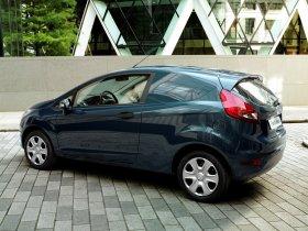 Ver foto 2 de Ford Fiesta Van 2008
