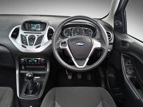 Ver foto 30 de Ford Figo  2015