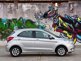 Ver foto 5 de Ford Figo  2015