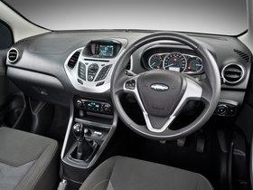 Ver foto 28 de Ford Figo  2015