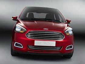 Ver foto 1 de Ford Figo Concept 2014