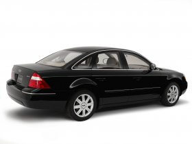 Ver foto 13 de Ford Five Hundred Limited 500 2005