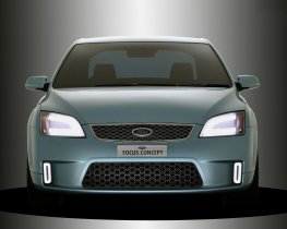 Ver foto 2 de Ford Focus Concept 4 door 2004