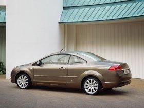 Ver foto 33 de Ford Focus Coupe Cabriolet 2006