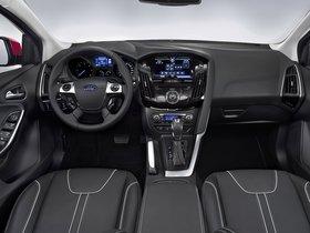 Ver foto 8 de Ford Focus 5 puertas 2011