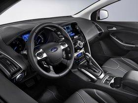 Ver foto 7 de Ford Focus 5 puertas 2011